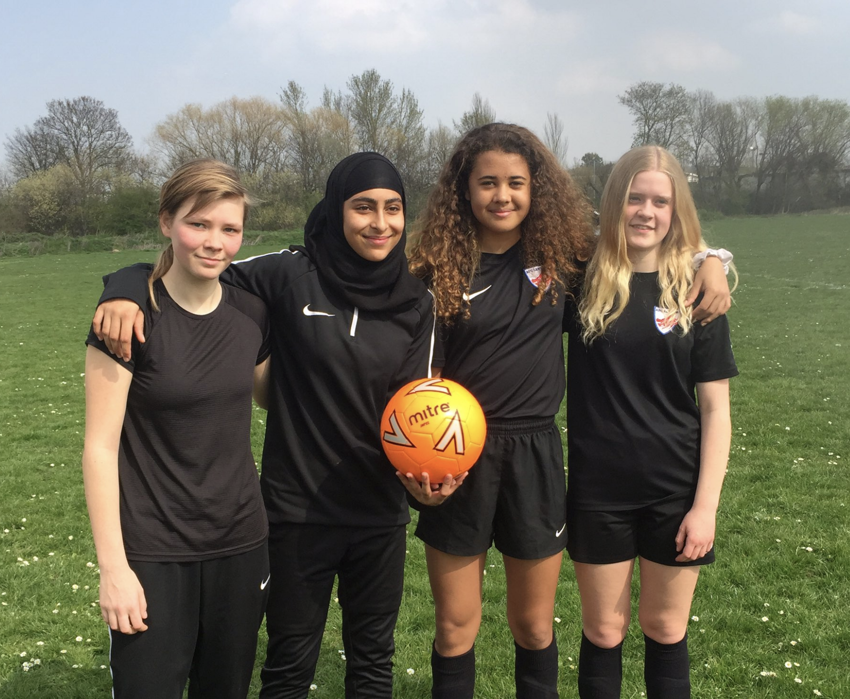 AFC Leyton provides free girls football sessions this summer